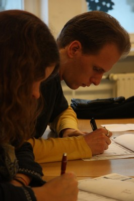 Juroren bei der Arbeit auf der ZEIT DEBATTE Stuttgart (Foto: Stella Schaller).