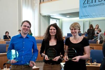 Sieger in Mainz: Marcel Giersdorf, Sarah Kempf, Anna Mattes (vlnr). Foto: Michael Schindler