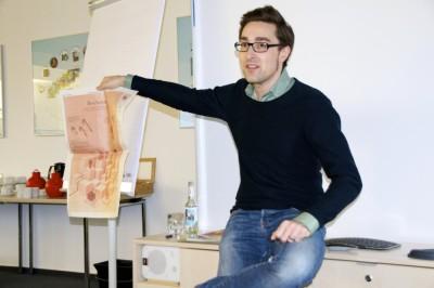 Stefan Schmitt, Stellvertretender Ressortleiter Wissen, sprach über die Relevanz von Infografiken und das überschätzte Spezialwissen (c) VDCH